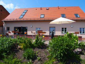 Dorfladen und Café